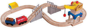 Chuggington Wooden Railway - Crane & Tunnel Figure 8 Set