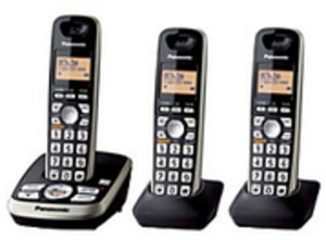 Panasonic Dect 6.0 Expandable Cordless Phone System w/ Digital Answering Machine & 3 Headsets