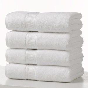 Grand Patrician Suites Towel Set