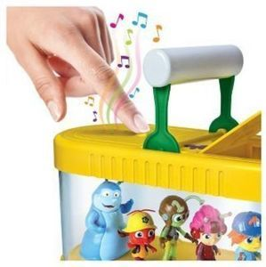 Beat Bugs Magical Musical Bug Keeper