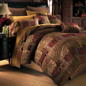 Croscill Classics Catalina Red 4-Piece Chenille Queen Comforter Set