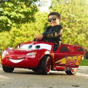 Disney Cars Lightning McQueen 6V Ride-On