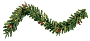 Celebrations Prelit Green Christmas Garland L Warm White PE/PVC 30 Lights