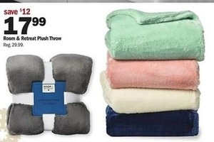 Room & Retreat Plush Throw